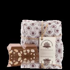 Молочний шоколад з горіхами  250г