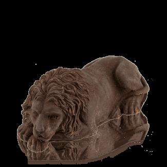 Лев «львівський» з чорного шоколаду