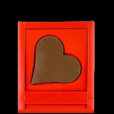 Серце-листівка з молочного шоколаду